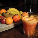 Obstsaft mit Obst